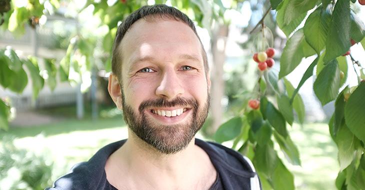 Sascha Klemz ist einer der Gründer von zündstoff fair organic clothing