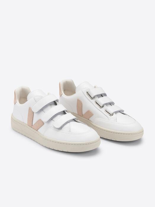 Veja Schuhe  V-Lock Leather [extra-white sable] jetzt im Onlineshop von zündstoff bestellen
