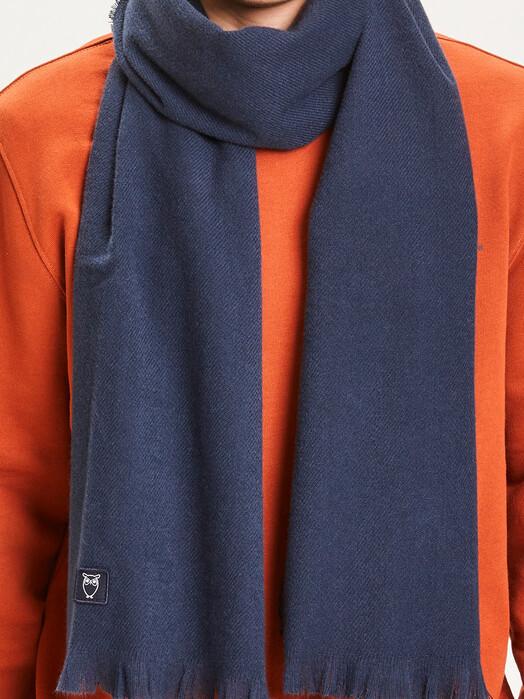 Knowledge Cotton Apparel  Schals & Tücher Juniper Scarf [total eclipse] One Size jetzt im Onlineshop von zündstoff bestellen
