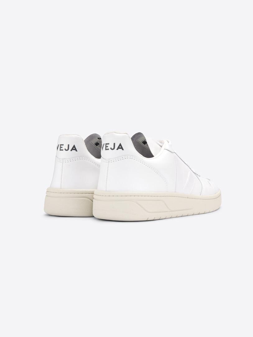 VEJA V 10 Leather Sneaker extra white 46627