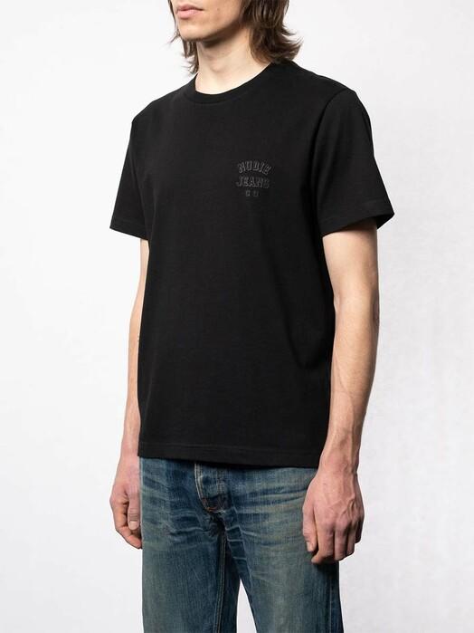 nudie Jeans T-Shirts Roy Logo Tee [black] jetzt im Onlineshop von zündstoff bestellen