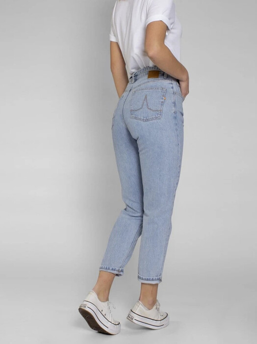 Kuyichi  Jeans Nora [light blue] jetzt im Onlineshop von zündstoff bestellen