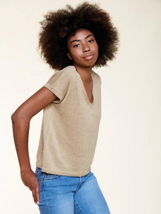 Les Racines du Ciel T-Shirts Sleeveless Sweater [beige] jetzt im Onlineshop von zündstoff bestellen