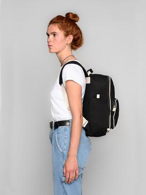 Mela Wear Backpack Mela II in schwarz
