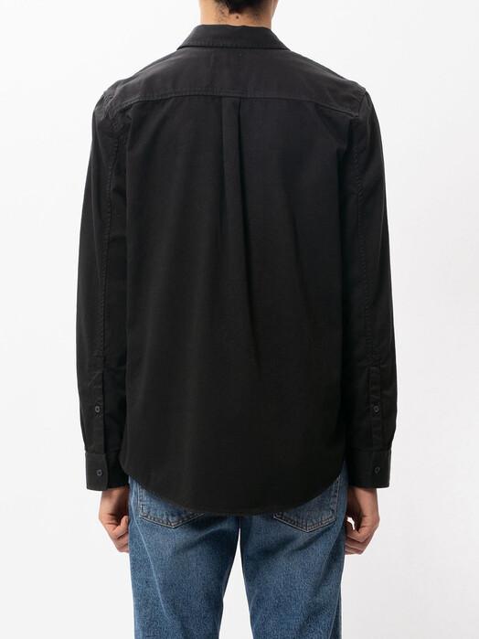 nudie Jeans Hemden & Polos Chet Pigment Dye [black] S jetzt im Onlineshop von zündstoff bestellen