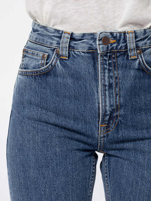 nudie Jeans Jeans Breezy Britt [friendly blue] jetzt im Onlineshop von zündstoff bestellen