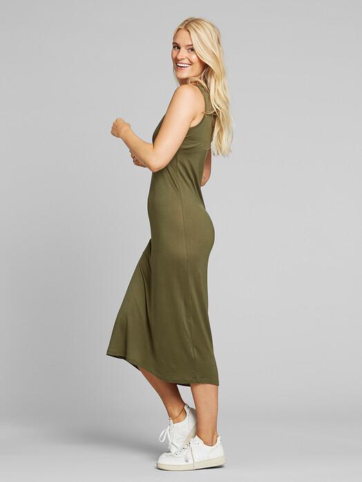 Dedicated Kleider Kristinehamn [leaf green] M jetzt im Onlineshop von zündstoff bestellen