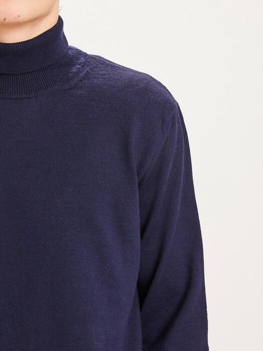 Knowledge Cotton Apparel  Strickpullover Forrest Roll Neck Knit [total eclipse] jetzt im Onlineshop von zündstoff bestellen