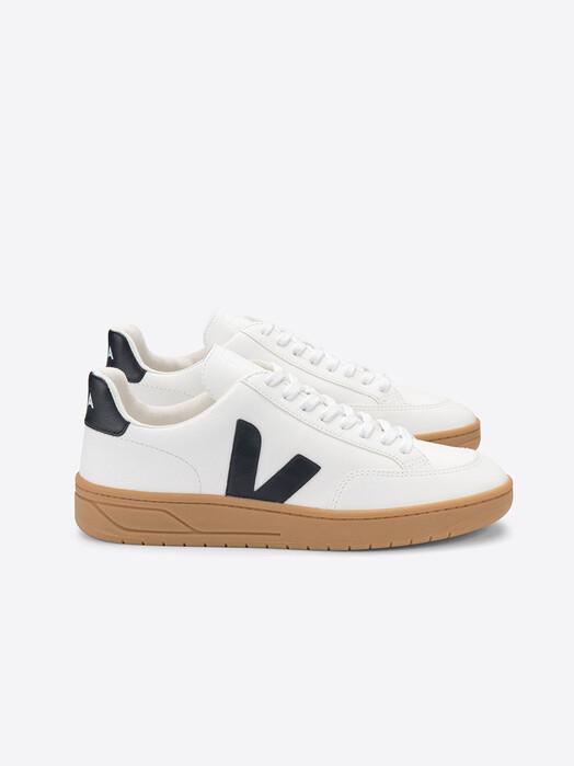 Veja Schuhe V-12 Chromefree Leather [extra-white black] jetzt im Onlineshop von zündstoff bestellen