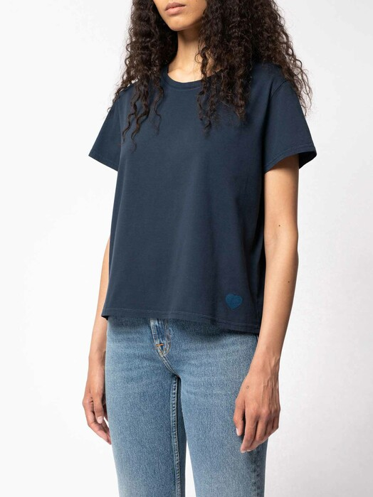 nudie Jeans T-Shirts Lisa Blue Heart [navy] jetzt im Onlineshop von zündstoff bestellen