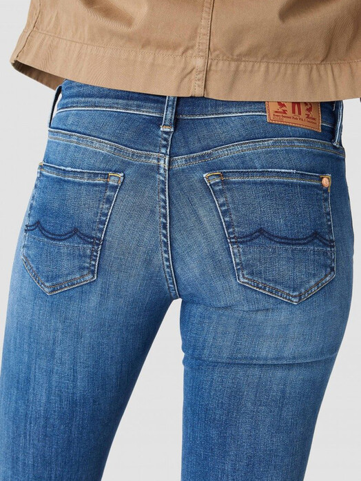 K.O.I. Jeans Jeans Christina High [myla worn in] jetzt im Onlineshop von zündstoff bestellen