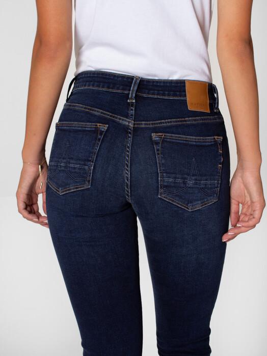 Kuyichi  Jeans Suzie Slim [deep blue] jetzt im Onlineshop von zündstoff bestellen