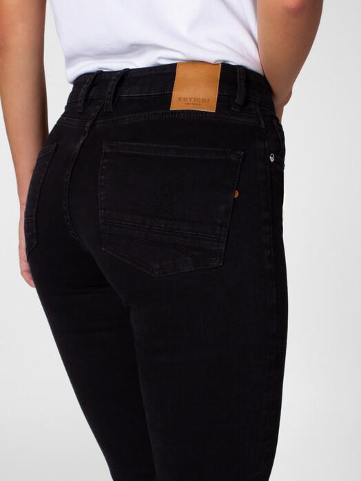 Kuyichi  Jeans Sara Straight [black rinse] jetzt im Onlineshop von zündstoff bestellen