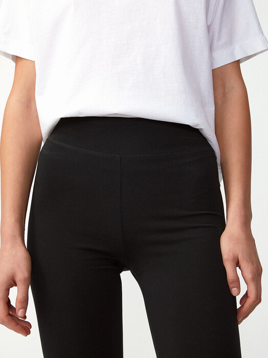 ARMEDANGELS Leggings & Strumpfhosen Faribaa [black] XL jetzt im Onlineshop von zündstoff bestellen