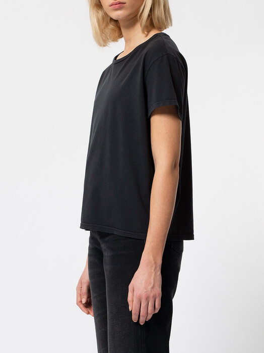 nudie Jeans T-Shirts Lisa Cropped Tee [anthracite] jetzt im Onlineshop von zündstoff bestellen