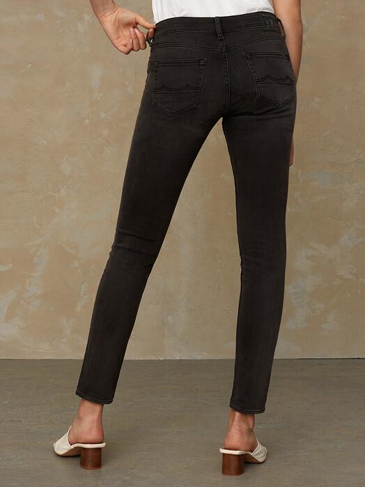 K.O.I. Jeans Jeans Juno [gorbi black faded] jetzt im Onlineshop von zündstoff bestellen
