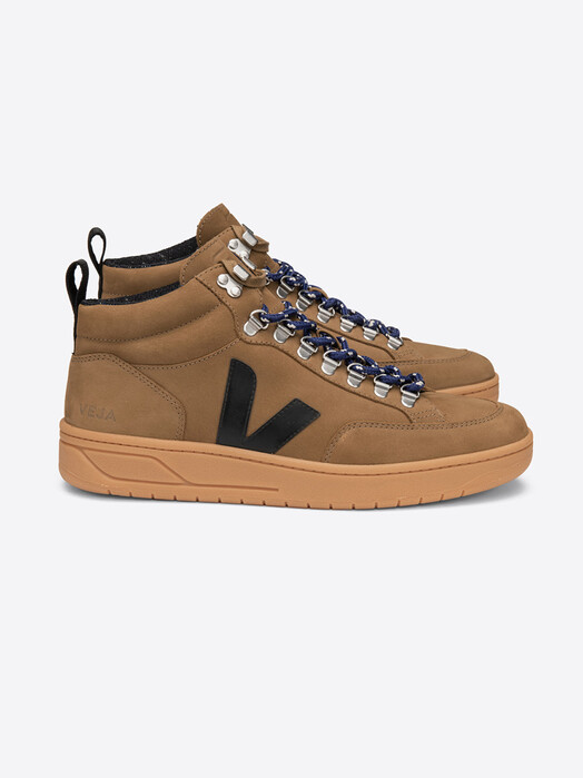Veja Schuhe Roraima Nubuck [tent black] jetzt im Onlineshop von zündstoff bestellen