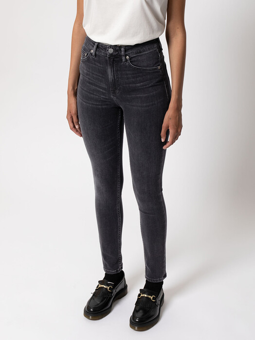 nudie Jeans Jeans Hightop Tilde [night spirit] jetzt im Onlineshop von zündstoff bestellen