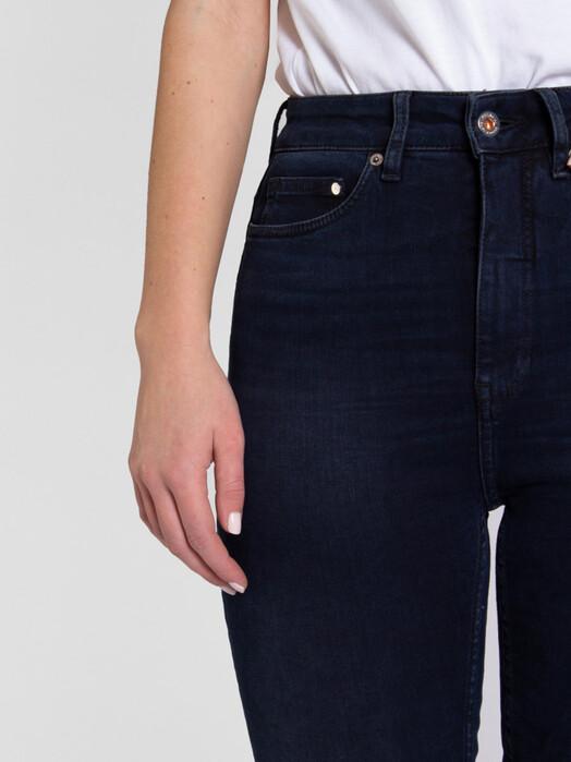 Kuyichi  Jeans Roxette [blue black] jetzt im Onlineshop von zündstoff bestellen