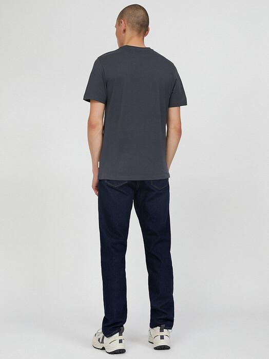 ARMEDANGELS T-Shirts Jaames [acid black] M jetzt im Onlineshop von zündstoff bestellen