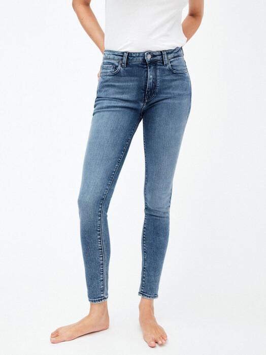 ARMEDANGELS Jeans Tillaa [stone wash] jetzt im Onlineshop von zündstoff bestellen