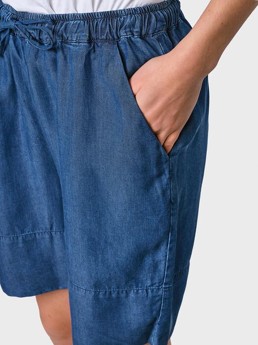 Klitmøller Collective Shorts Sidse Chambray [dark blue] jetzt im Onlineshop von zündstoff bestellen