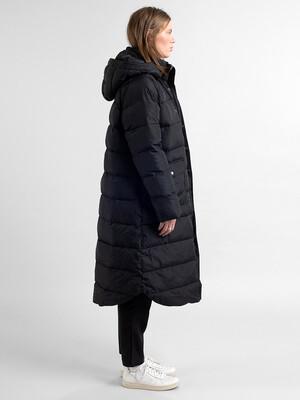 Dedicated-Puffer-Jacket-Haparanada-Black-04
