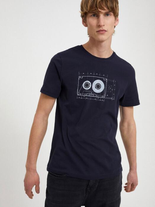 ARMEDANGELS T-Shirts Jaames Tape [depth navy] jetzt im Onlineshop von zündstoff bestellen