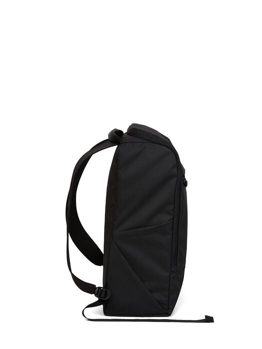 pinqponq Rucksäcke & Taschen Purik [rooted black] One Size jetzt im Onlineshop von zündstoff bestellen