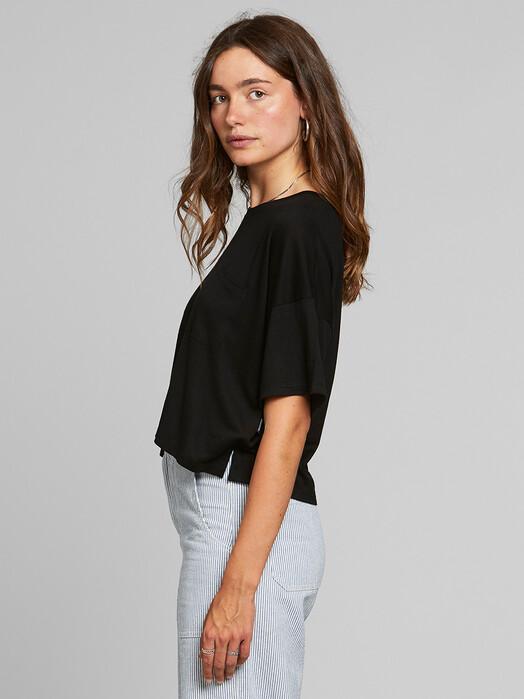 Dedicated T-Shirts Kivik [black] jetzt im Onlineshop von zündstoff bestellen