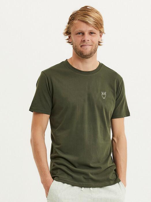 Knowledge Cotton Apparel  T-Shirts Alder Owl Chest Tee [forrest night] jetzt im Onlineshop von zündstoff bestellen