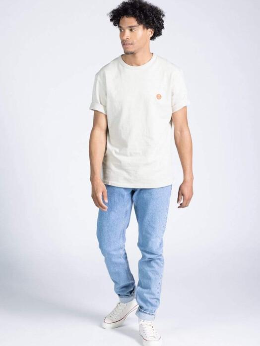 Kuyichi  T-Shirts Liam Hemp Tee [off white] jetzt im Onlineshop von zündstoff bestellen