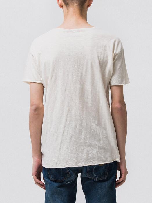 nudie Jeans T-Shirts Roger Slub [off white] M jetzt im Onlineshop von zündstoff bestellen