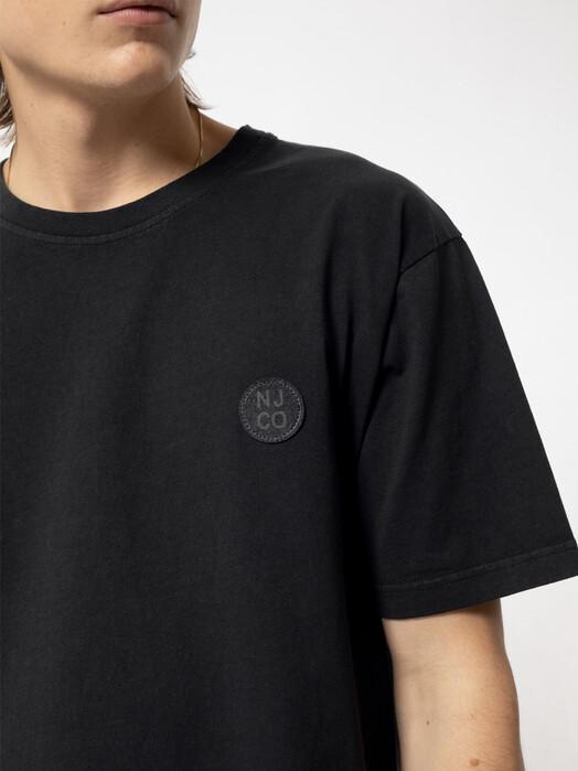 nudie Jeans T-Shirts Uno NJCO Circle [faded black] S jetzt im Onlineshop von zündstoff bestellen