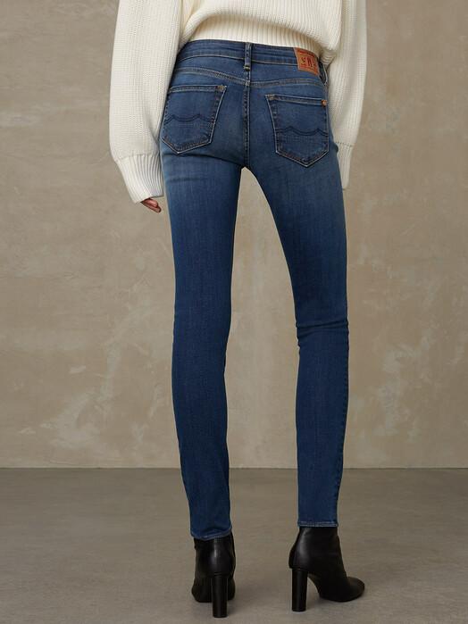 K.O.I. Jeans Jeans Juno [medium used] jetzt im Onlineshop von zündstoff bestellen